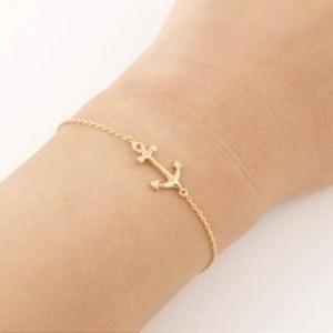 Bracelet ancre doré