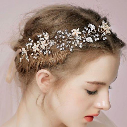 Bijou de tête de mariée au motif fleur