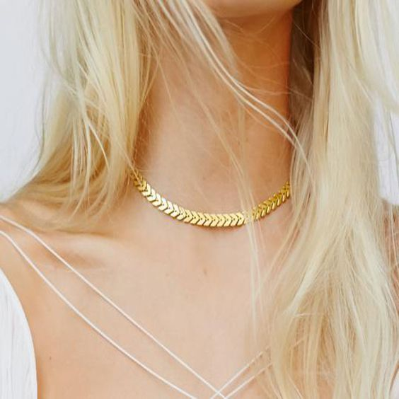 collier cou femme