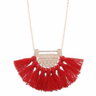 collier pompon rouge