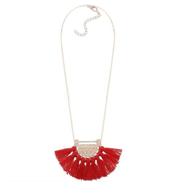 Bijoux pompon- collier