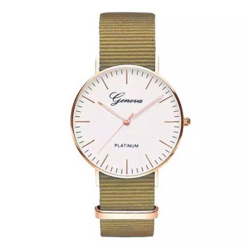 Montre femme doree bracelet nylon