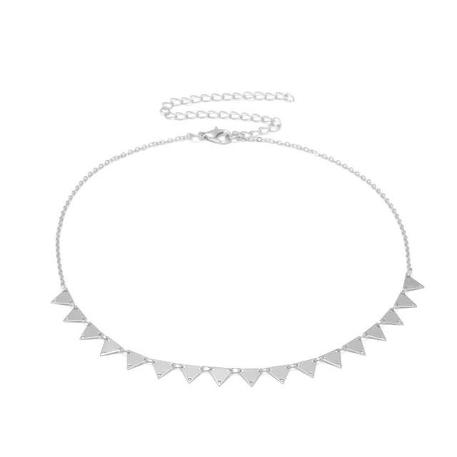 collier tendance 2019 -triangle